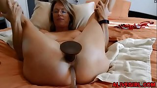 Sensual blond MILF Justy with fat gaping pussy lips loves DP