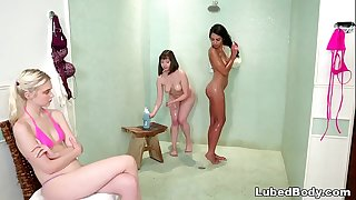 Shy teenage joins to the lesbian action in the bathtub - Jenna Sativa, Chloe Virgin and Vienna Black